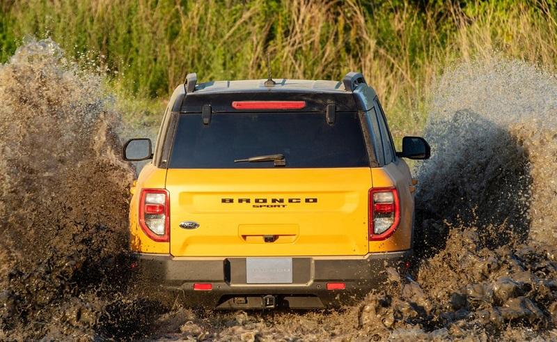 Ford Bronco 2021 Vượt địa hình bùn lầy của xe Ford Thăng Long